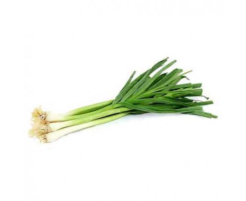 Зелен чесън